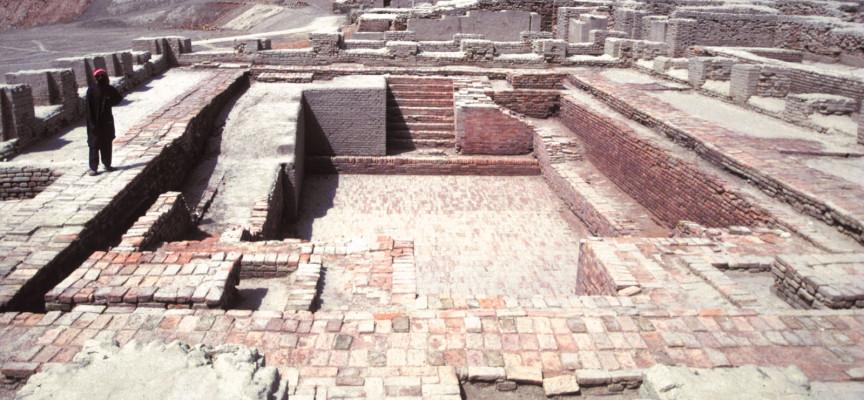 Mohenjo-Daro: An Adventurous Look into Pakistan's Past