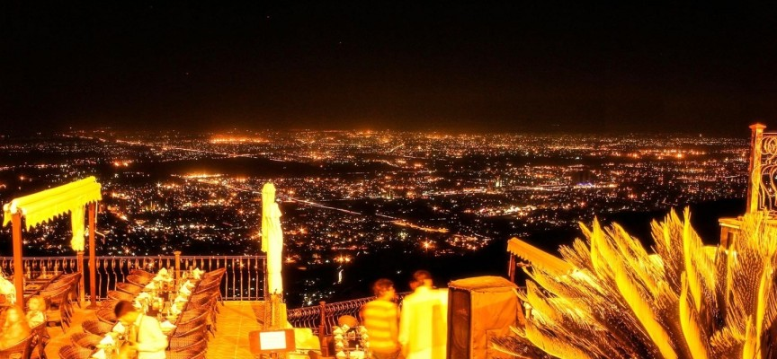 Monal – The Best Restaurant View In The World!