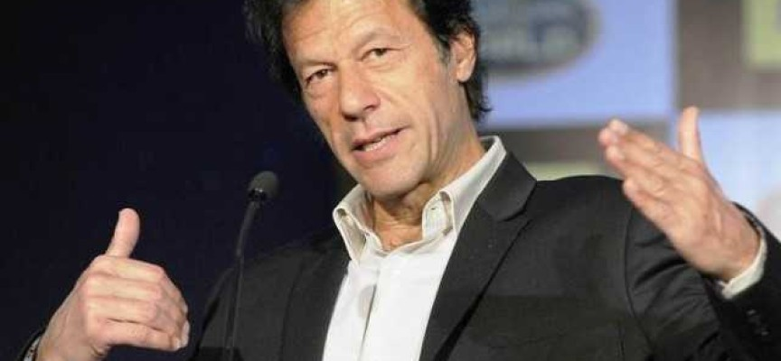 Should Imran Khan Follow Gandhi or Jinnah?