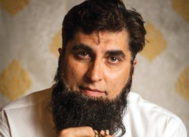 Nothing else to do? Let's get Junaid Jamshed!