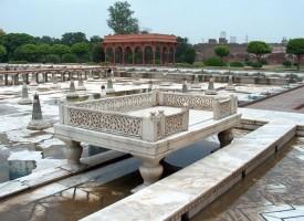 Shalimar Garden – A Retreat for Kings