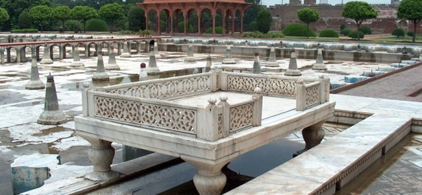 Shalimar Garden – A Retreat for Kings