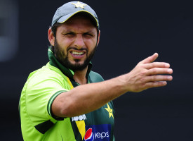 Should Afridi Give Test Cricket Another Chance?