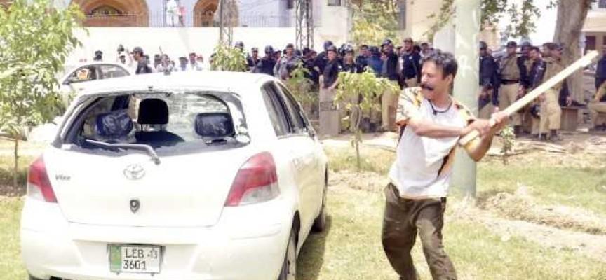 Gullu Butt – Our Political Parties Best Kept Secret Revealed