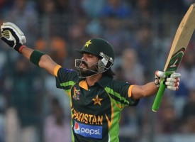 Should Fawad Alam be in the Pakistan Team?